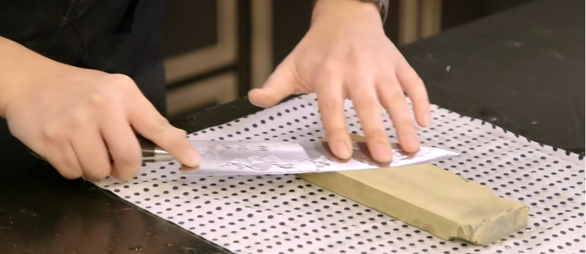 How to sharpen a santoku knife